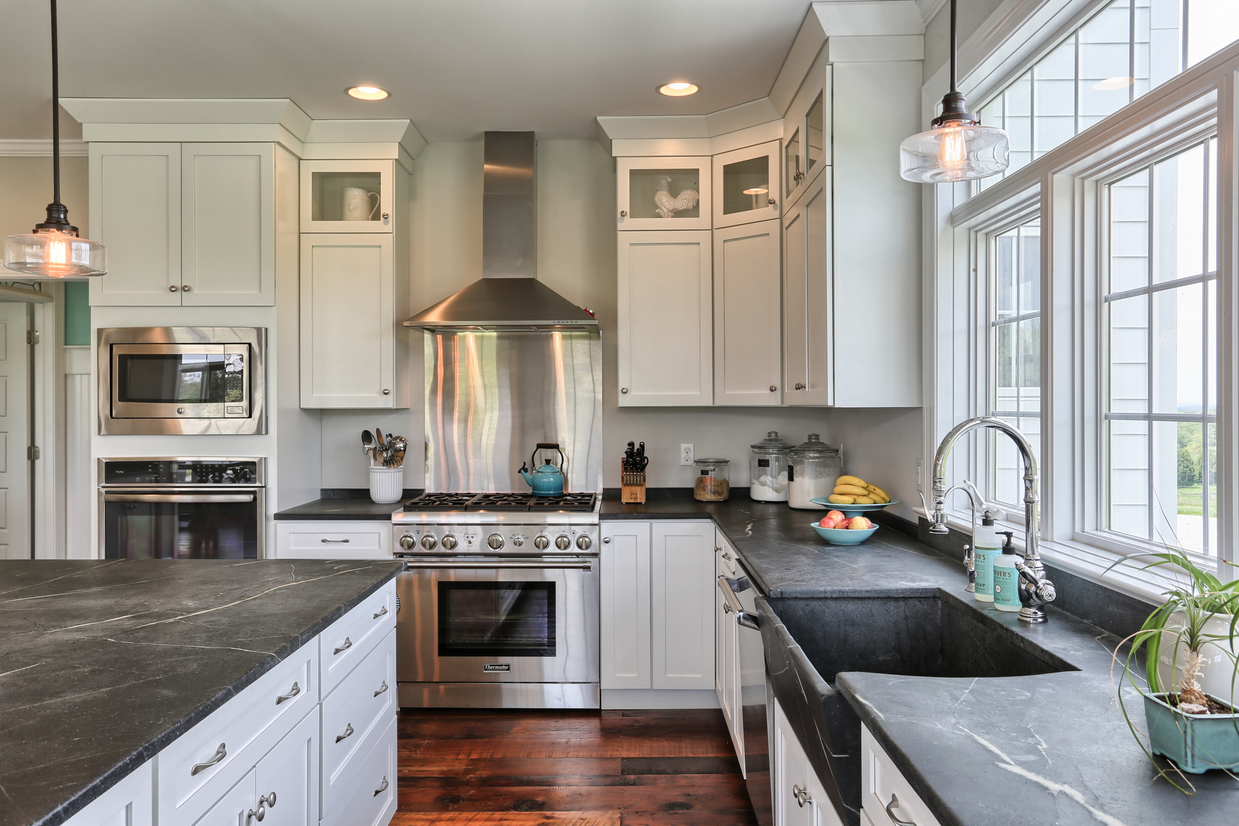 Project Spotlight: A Country Farmhouse Kitchen
