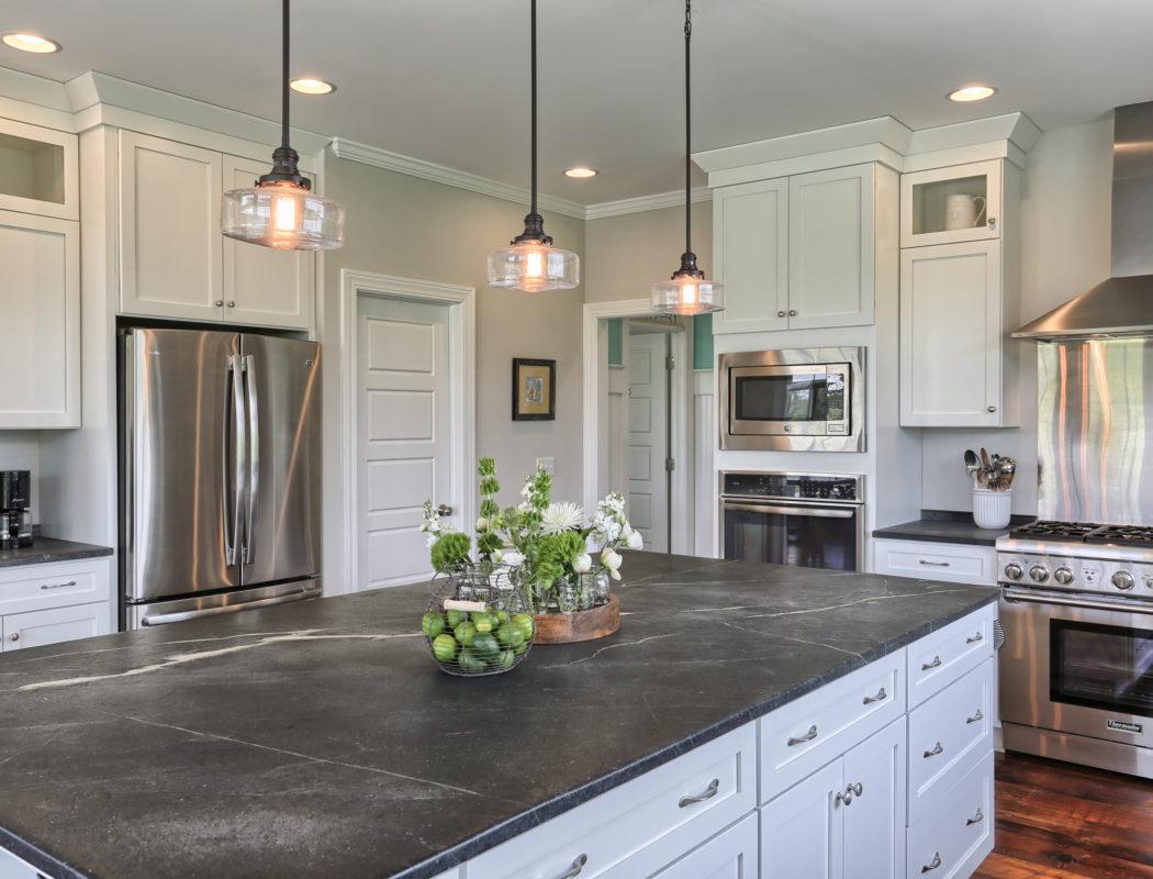 country farmhouse kitchen island