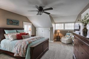 craftsman cottage master bedroom