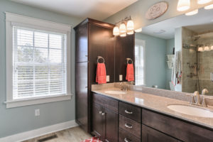craftsman cottage master bathroom