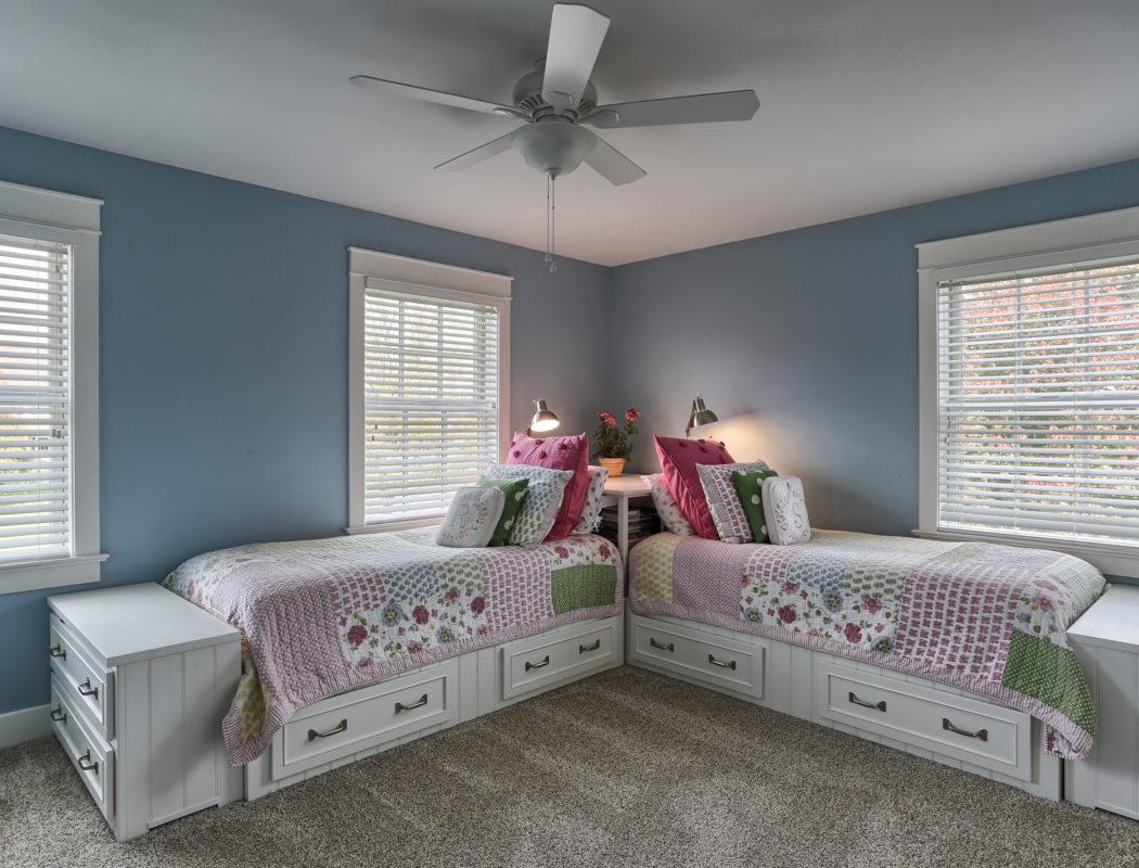 craftsman cottage child bedroom