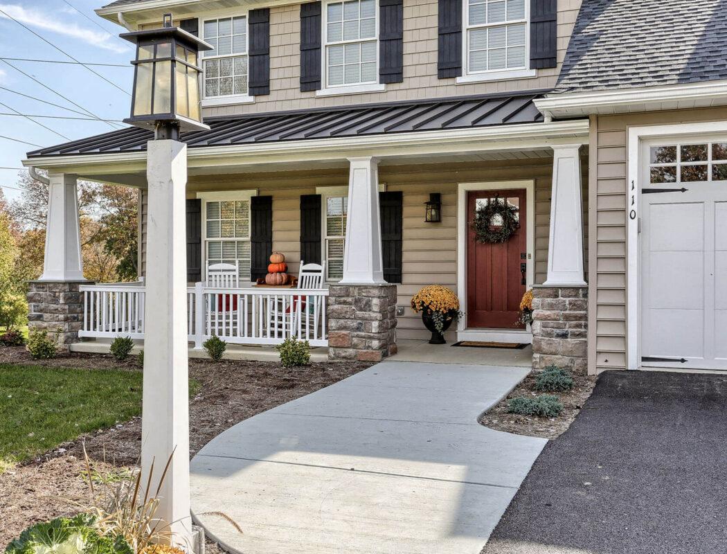 craftsman cottage walkway