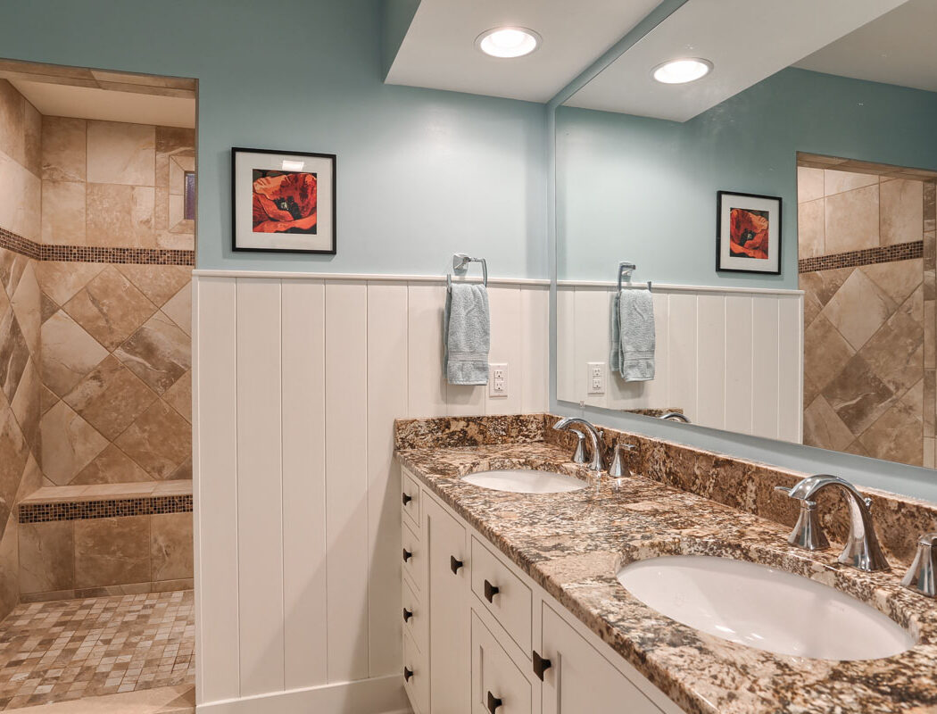 a new metzler bath with his/her sinks