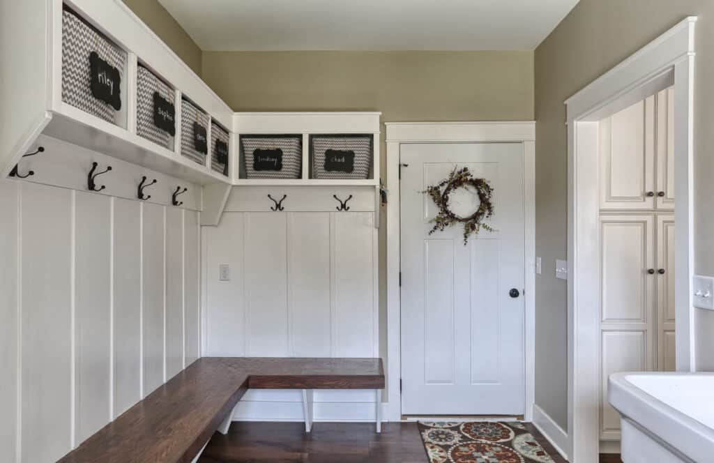 built-in-mudroom-bench-lancaster-pa